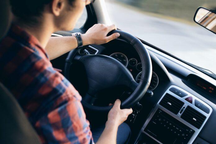 conducteur voiture